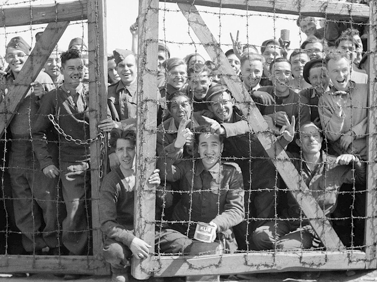 pows_at_stalag_11b_16_april_1945