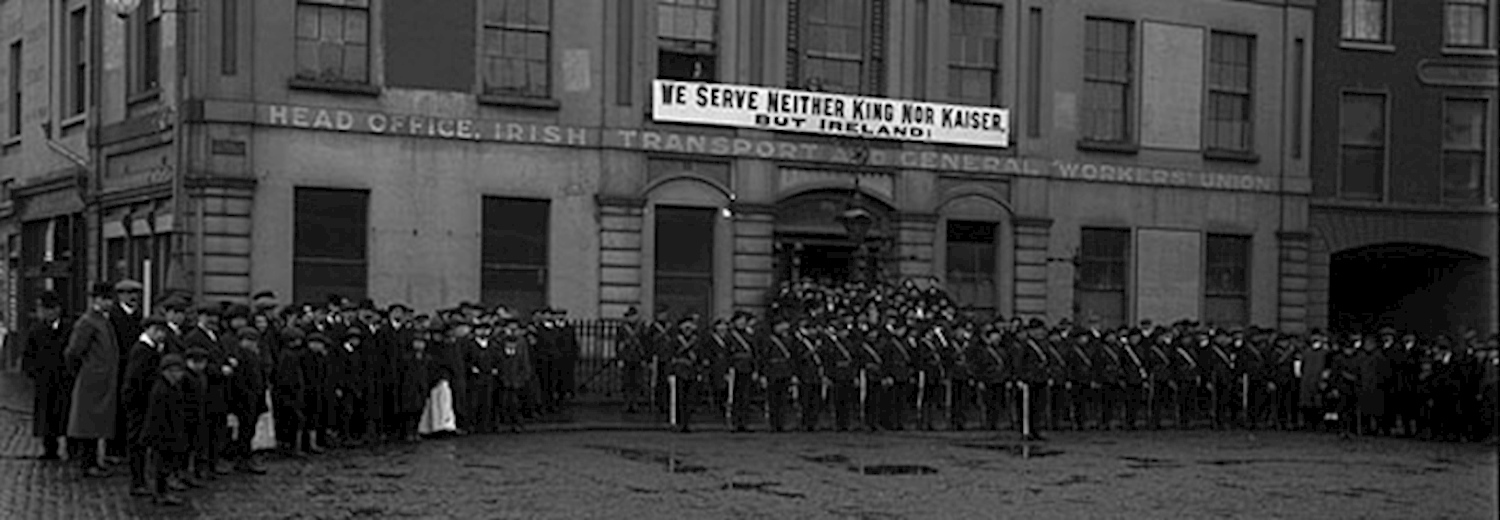 irish_citizen_army_group_liberty_hall_dublin_1914jpg