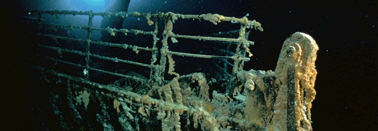 titanics_bow_railing_at_the_wreck_site_couresy_emory_kristof_national_geographic
