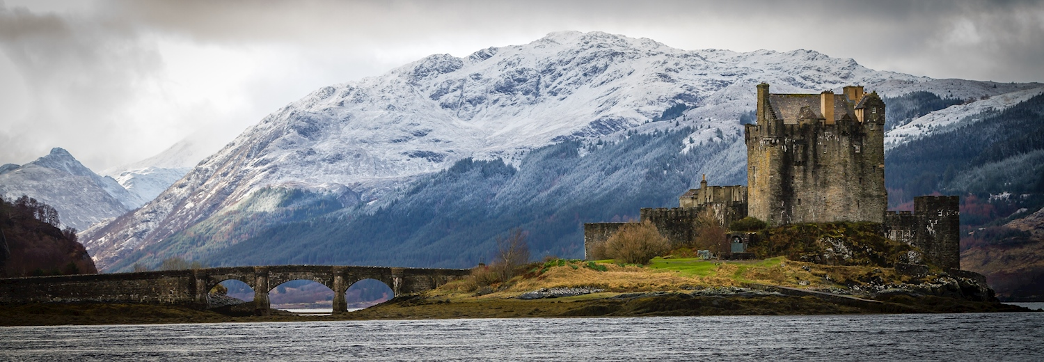 beautiful_snow_capped_peaks_in_scotland