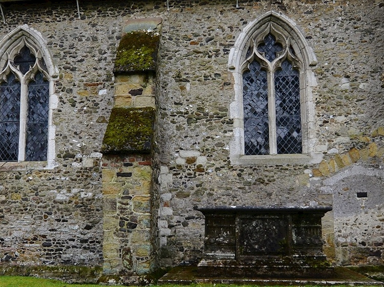 anchoress_cell_st_james_church_shere